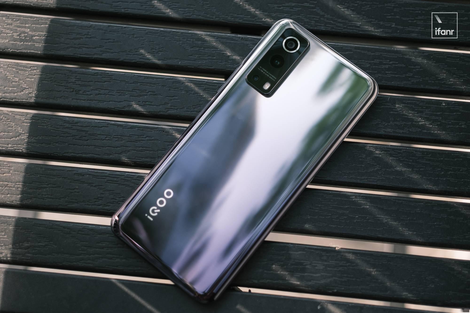 iQOO Z3 图赏:两千价位以下的「卡位能手」