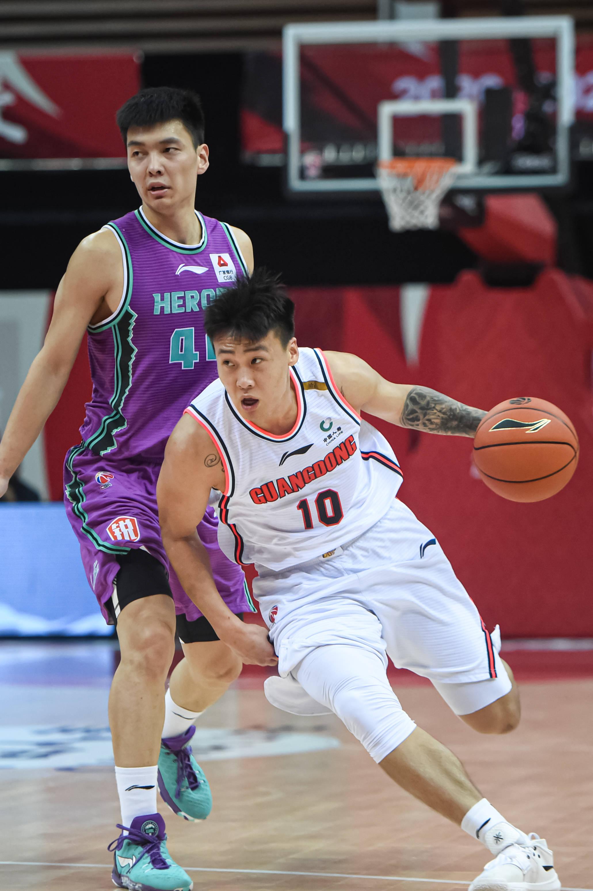 篮球——CBA季后赛:广东东莞大益胜山东西王