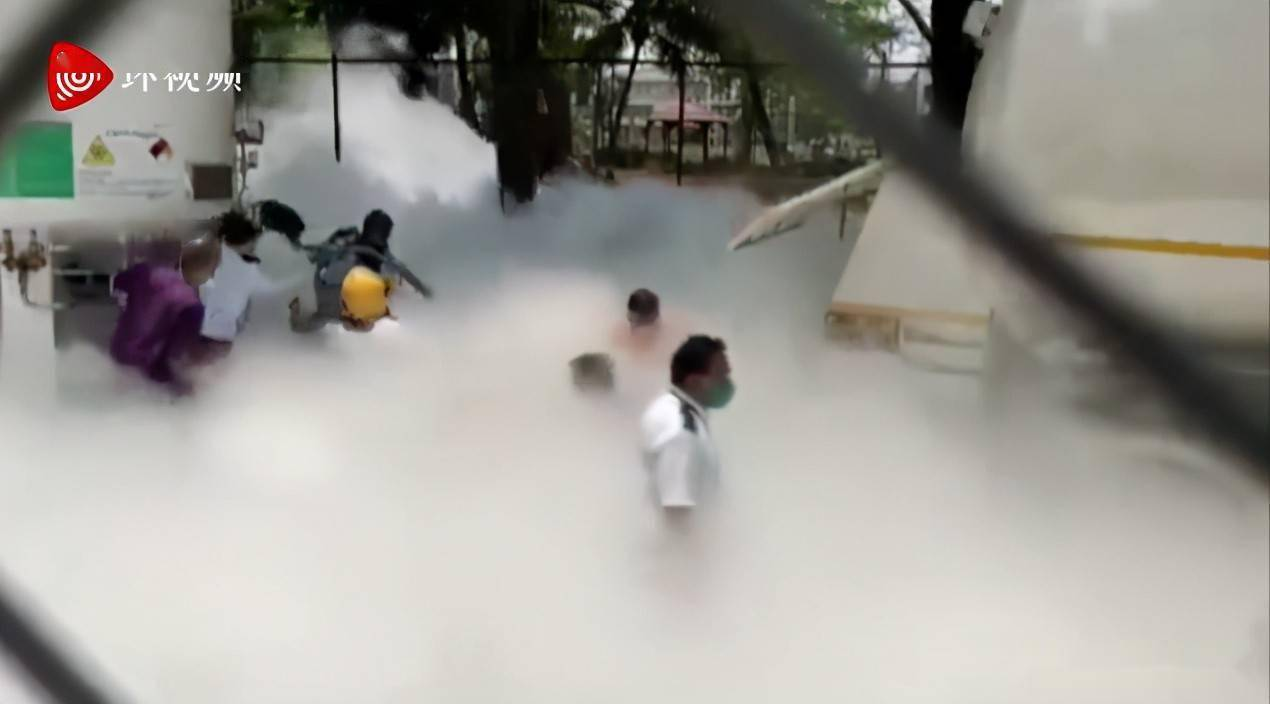 氧气泄漏,22人死亡