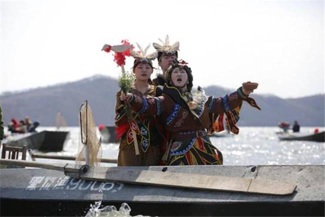 饶河县赫哲族第九届乌苏里江开江民俗文化节开幕