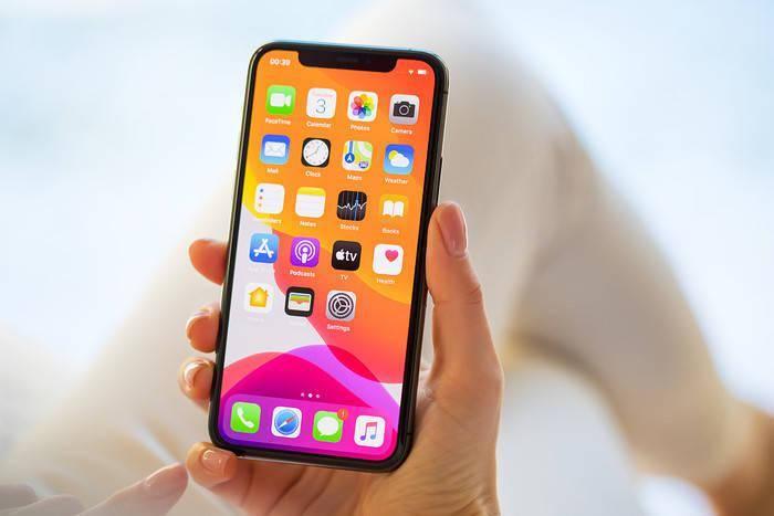 iPhone中柔性AMOLED显示屏的采用率达到 80%!苹果或将成为AMOLED显示屏最大采购商