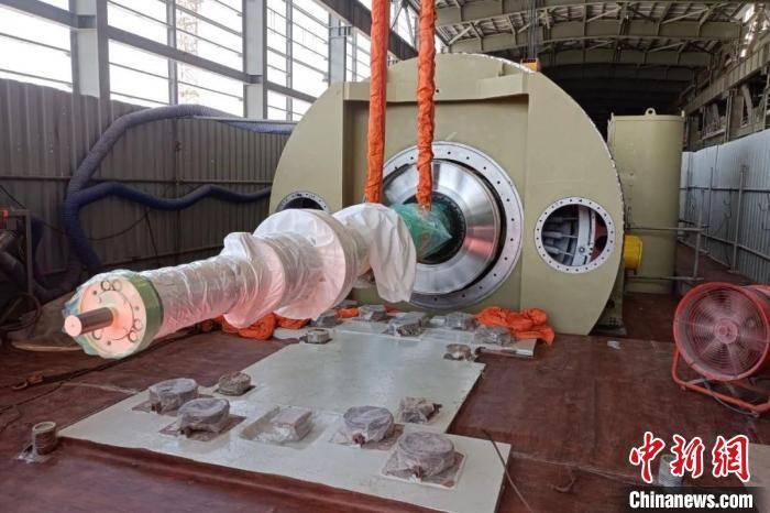 也是世界上首台实现双燃料满负荷供电的电站项目