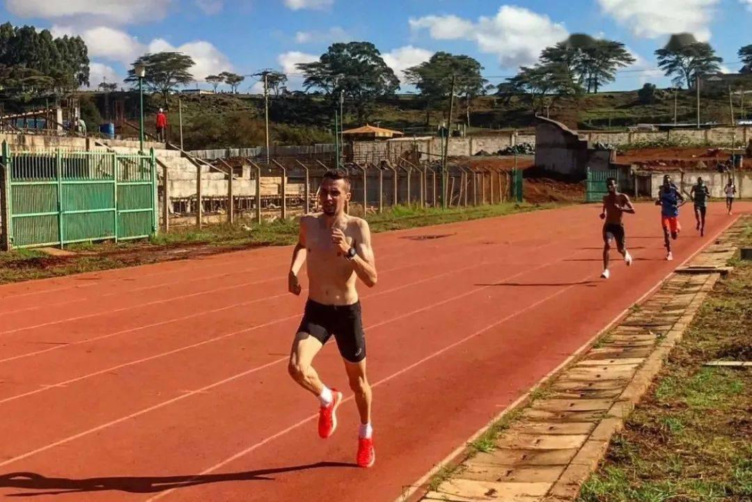 """有氧训练中的""""快跑和慢跑"""""""