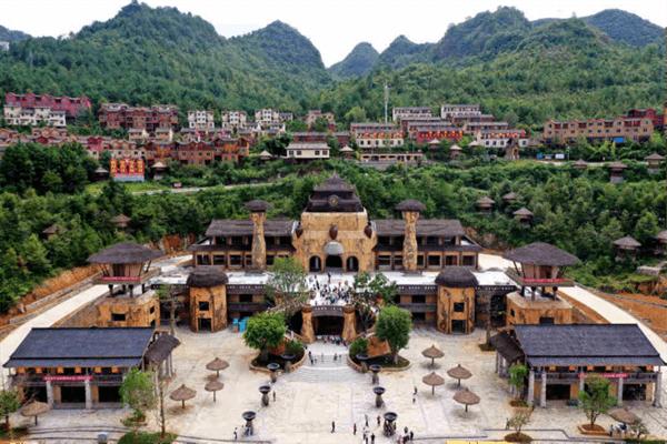 广西南丹:唱响农旅欢歌 舞动南国风情